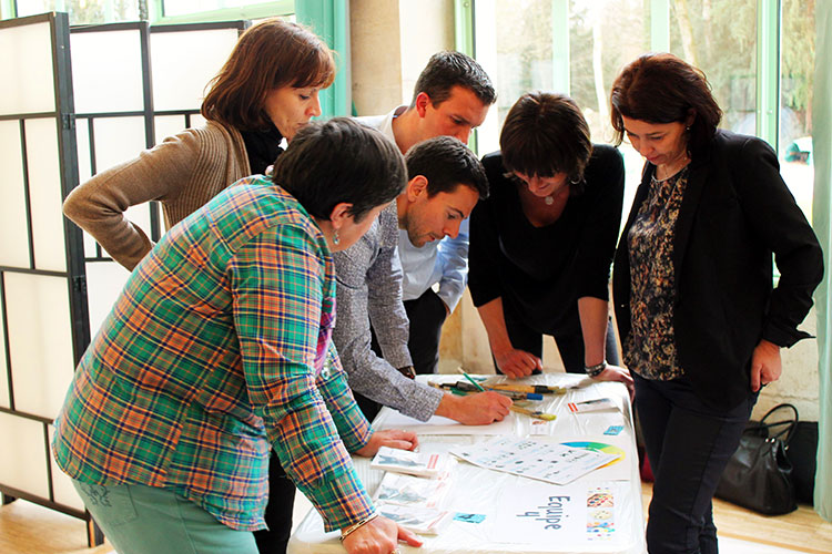 totem team peinture et team building créatif